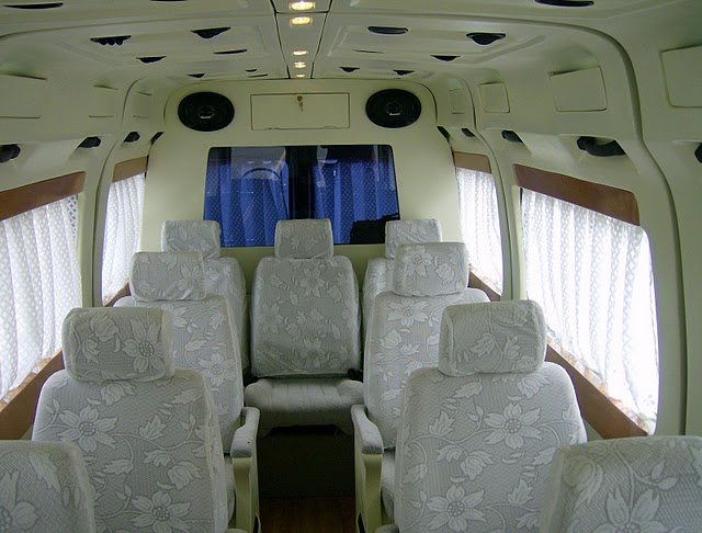 Tempoo Traveller Interior
